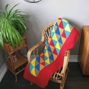 Triangle pattern crochet blanket